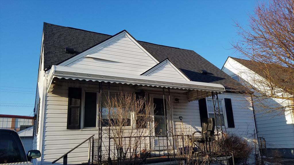 637 E Robert Ave, Hazel Park, MI
