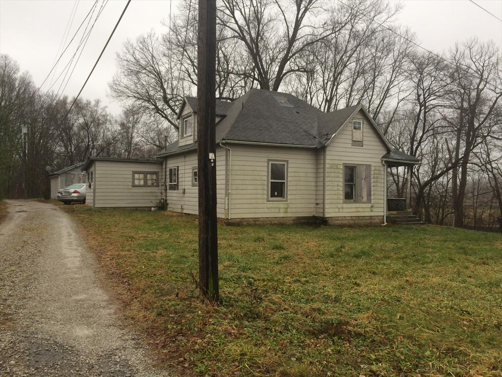 1521 Indiana Ave, Columbus, IN