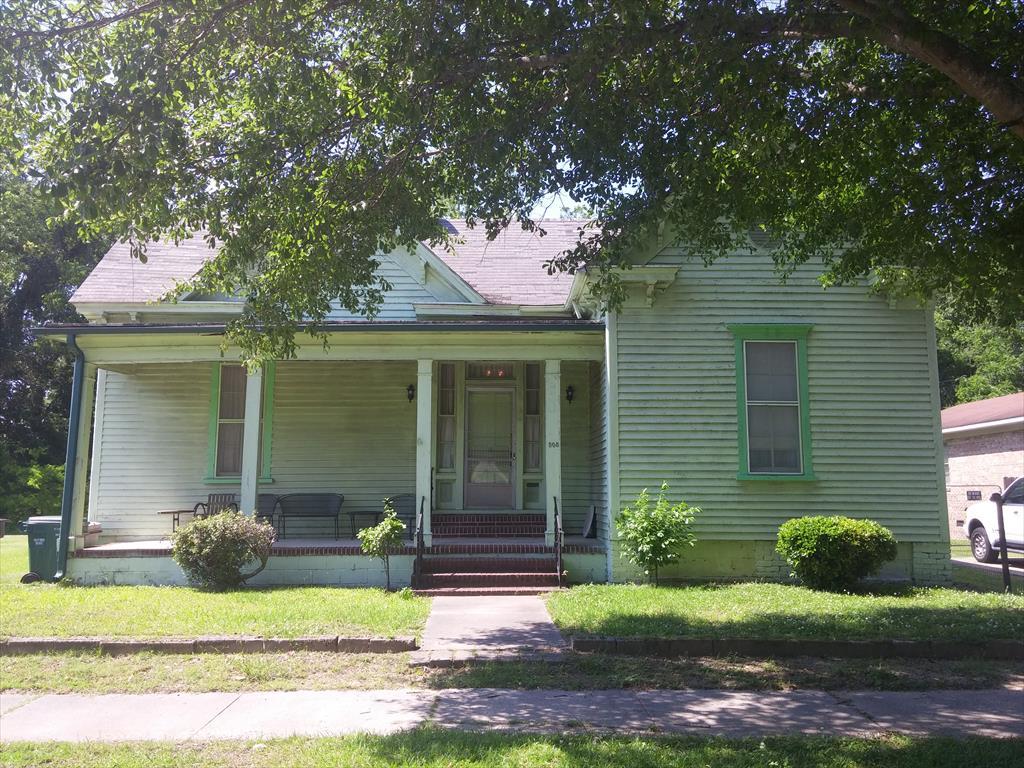 508 E St James St, Tarboro, NC
