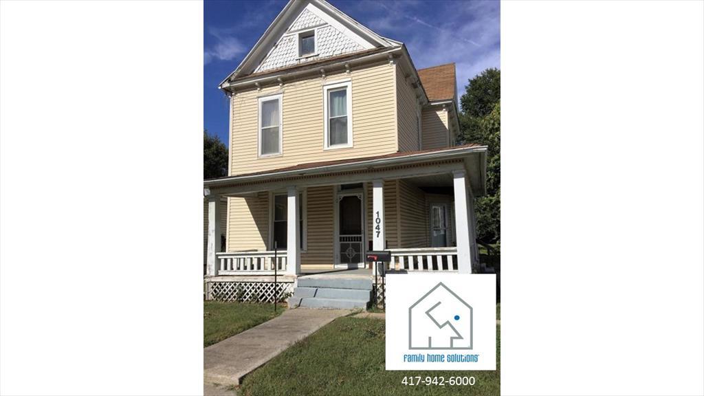 1047 W Hamilton St, Springfield, MO