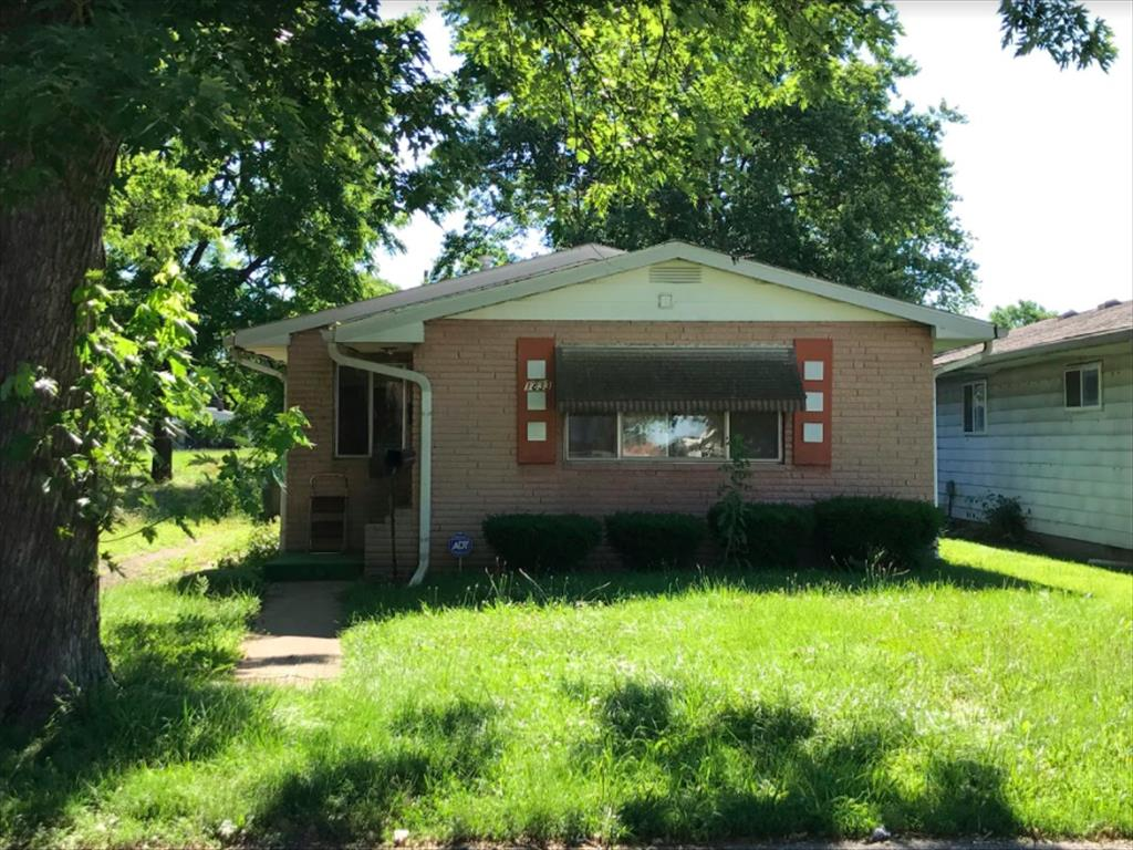 1833 Fullenwider Ave, Indianapolis, IN