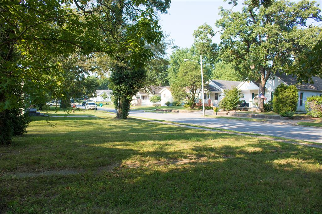 2132 N Rogers Ave, Springfield, MO
