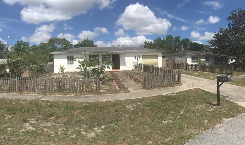 1135 Gerona Ave, Deltona, FL