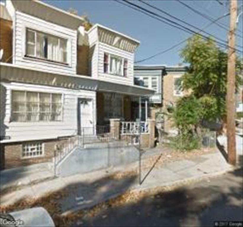 2039 Church Ln, Philadelphia, PA