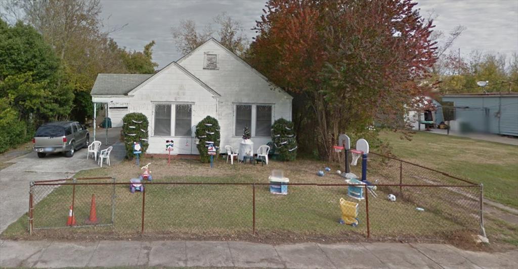 1370 Pipkin St, Beaumont, TX