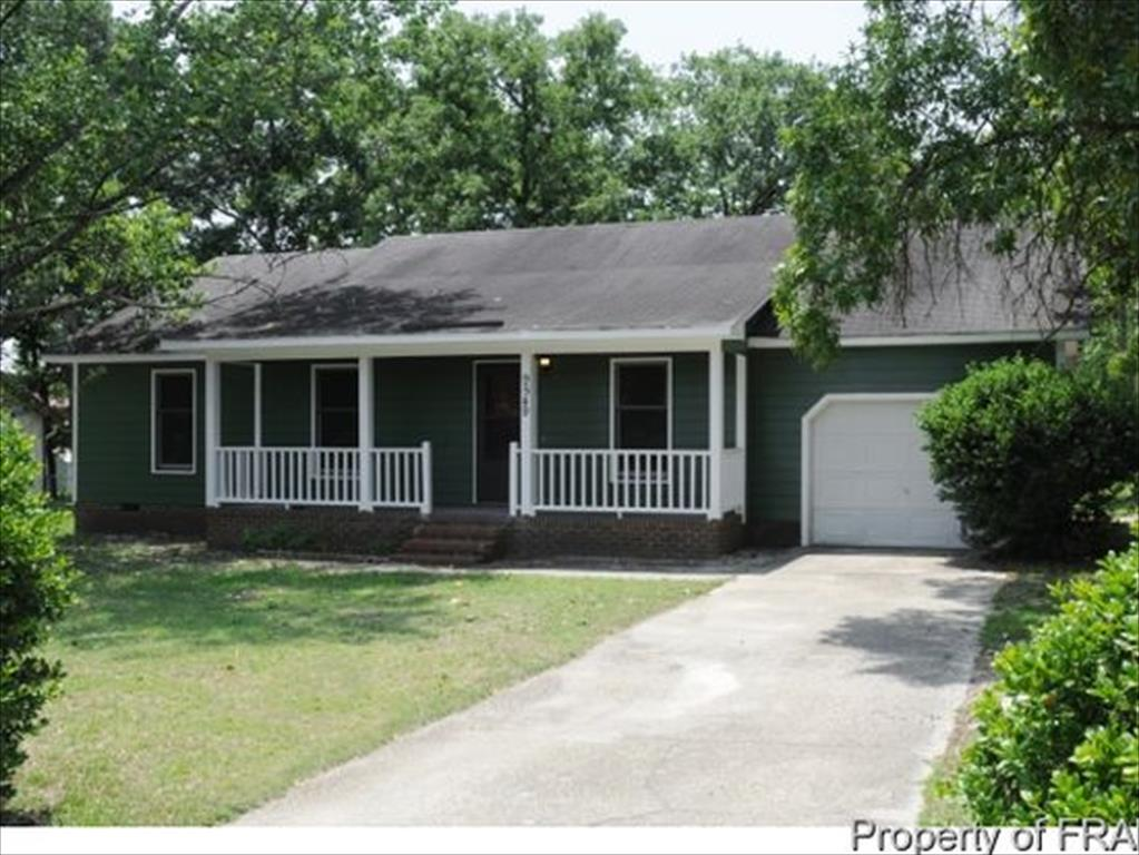9549 Mountain Home Dr, Fayetteville, NC