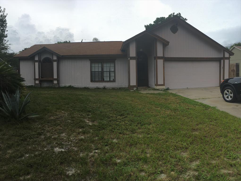 664 Northcliff Ave, Deltona, FL