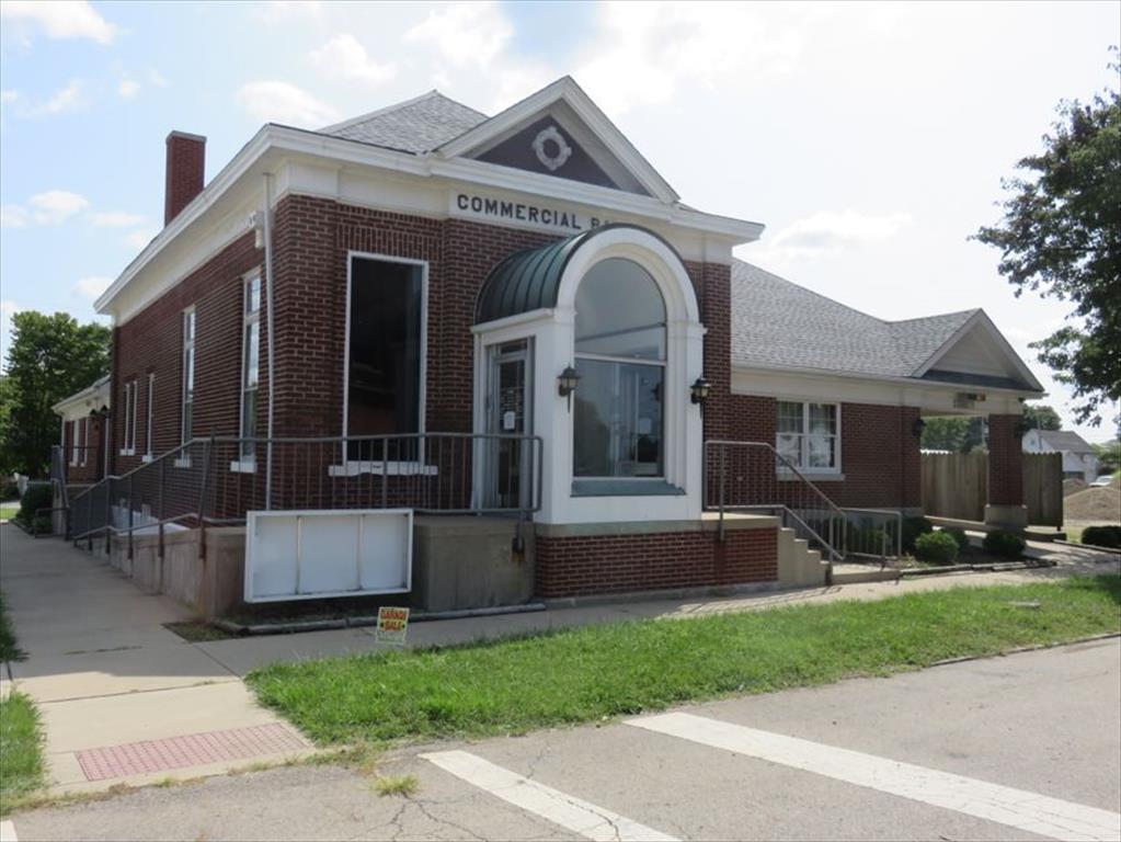 10820 Main St, Clarksburg, OH