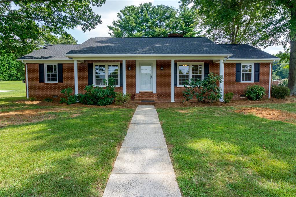 115 Asbury Dr, Kernersville, NC