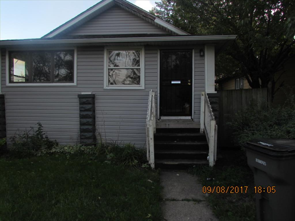 74 E Rockwood Ave, Ecorse, MI