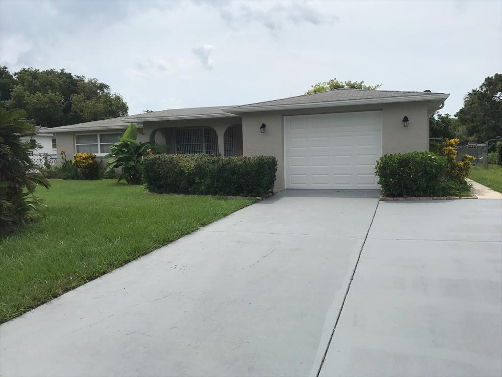 1349 Bluebird Drive, Holiday. FL  34690, Holiday, FL