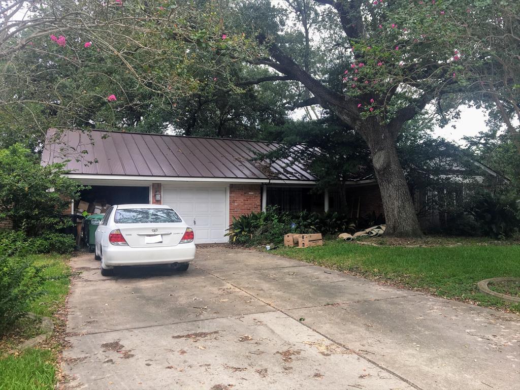 7511 Glenheath St, Houston, TX