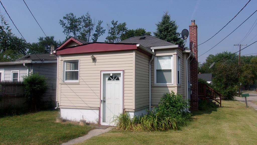 26616 Hampden St, Madison Heights, MI