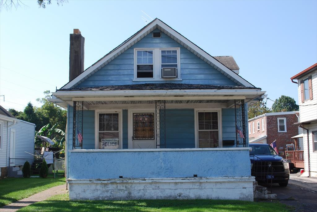 204 E Ashland Ave, Glenolden, PA