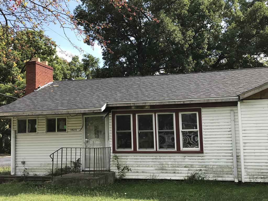 1025 61st Pl, Merrillville, IN