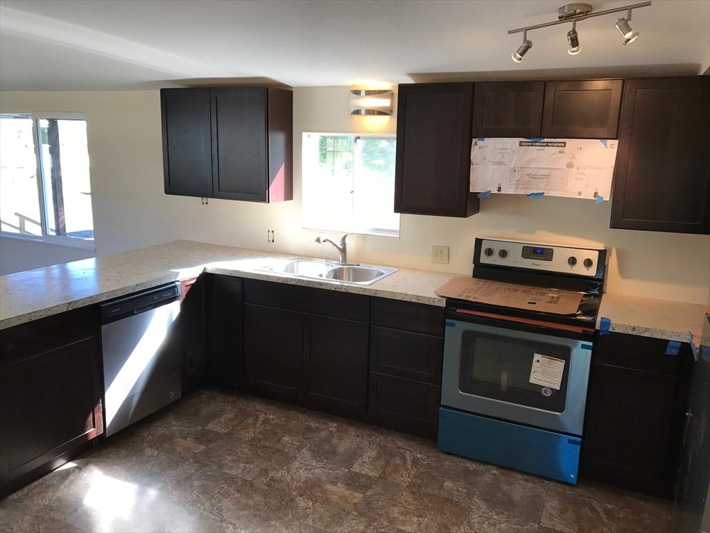819 S. Comstock, Space 71, Sutherlin, OR