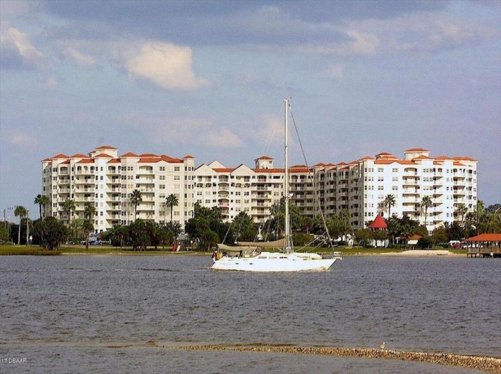 1 John Anderson Dr, Ormond Beach, FL