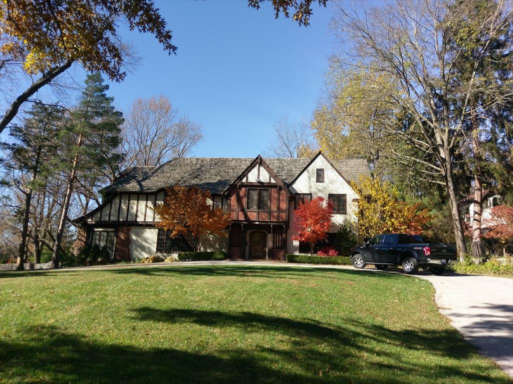 5930 Oakwood Rd, Mission Hills, MO
