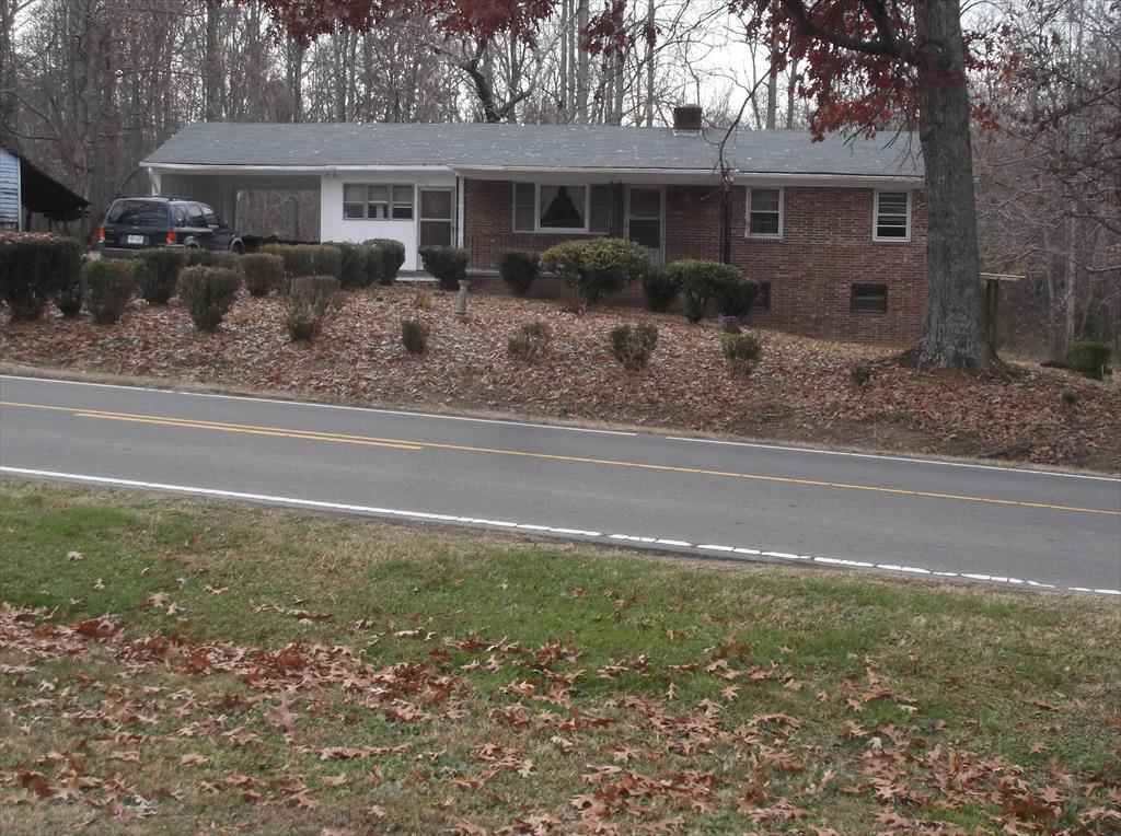 720 Walnut Grove Church Rd, Hurdle Mills, NC