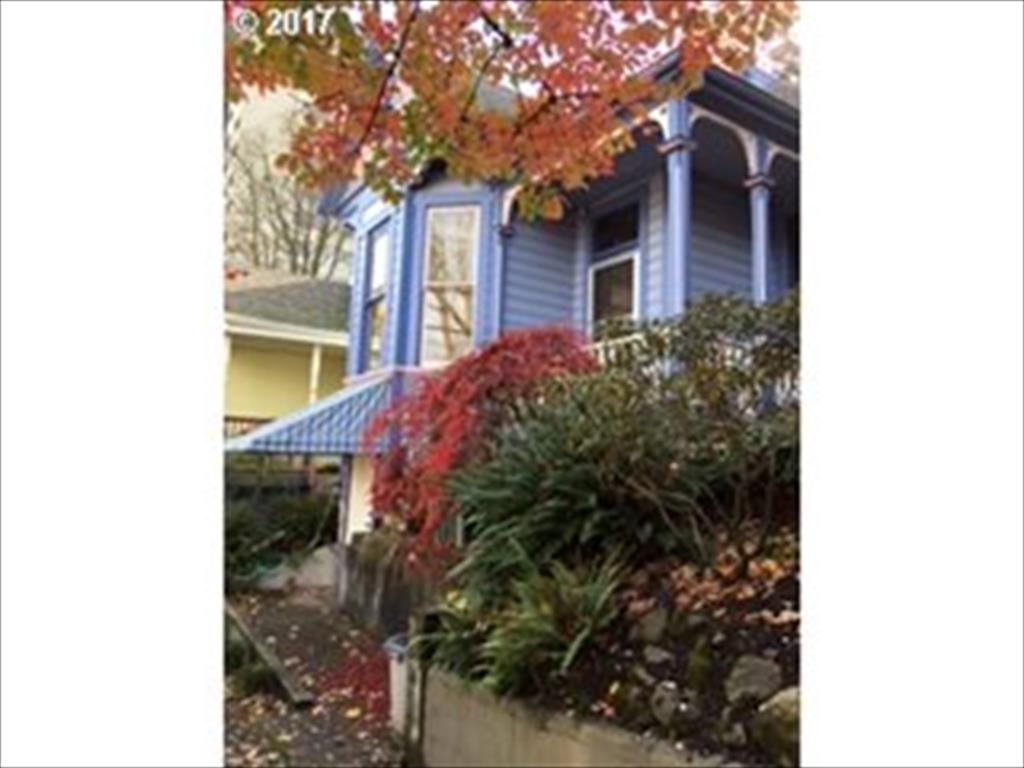 1718 SW Clay St, Portland, OR
