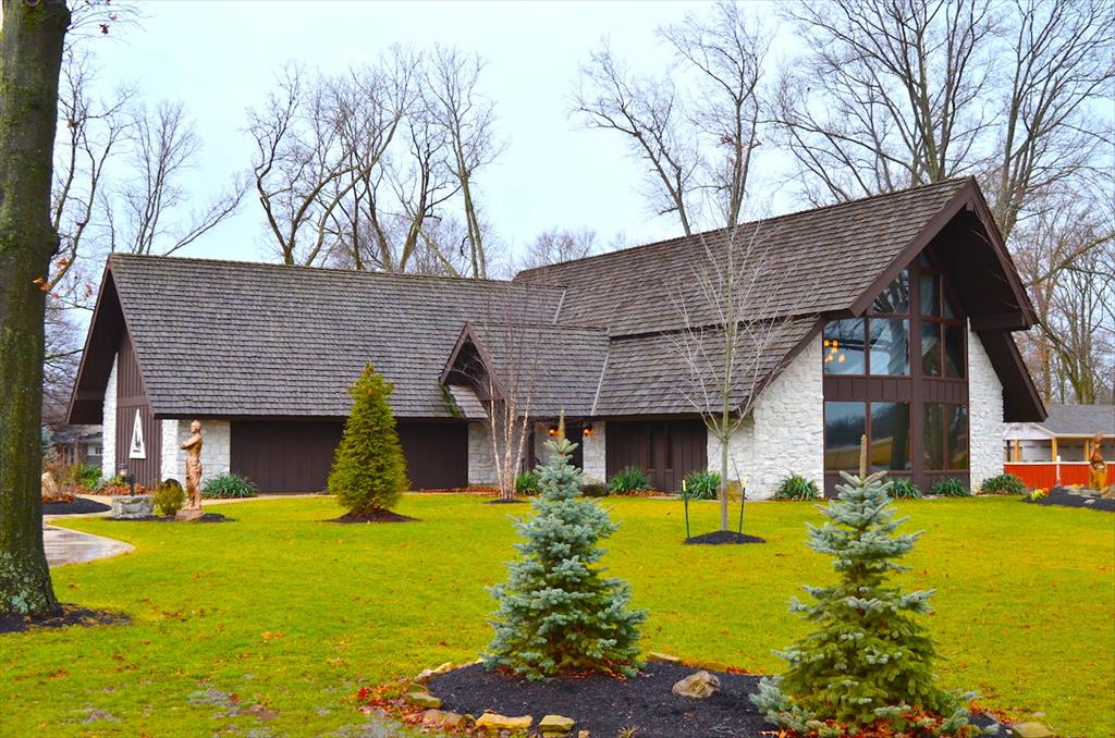 AUCTION! 6565 Sharon Dr, Fort Wayne, IN