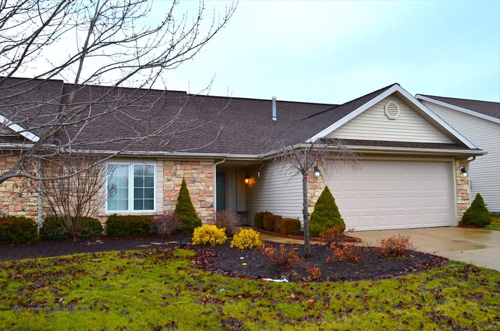 AUCTION! 7321 Clubhouse Dr, Fort Wayne, IN
