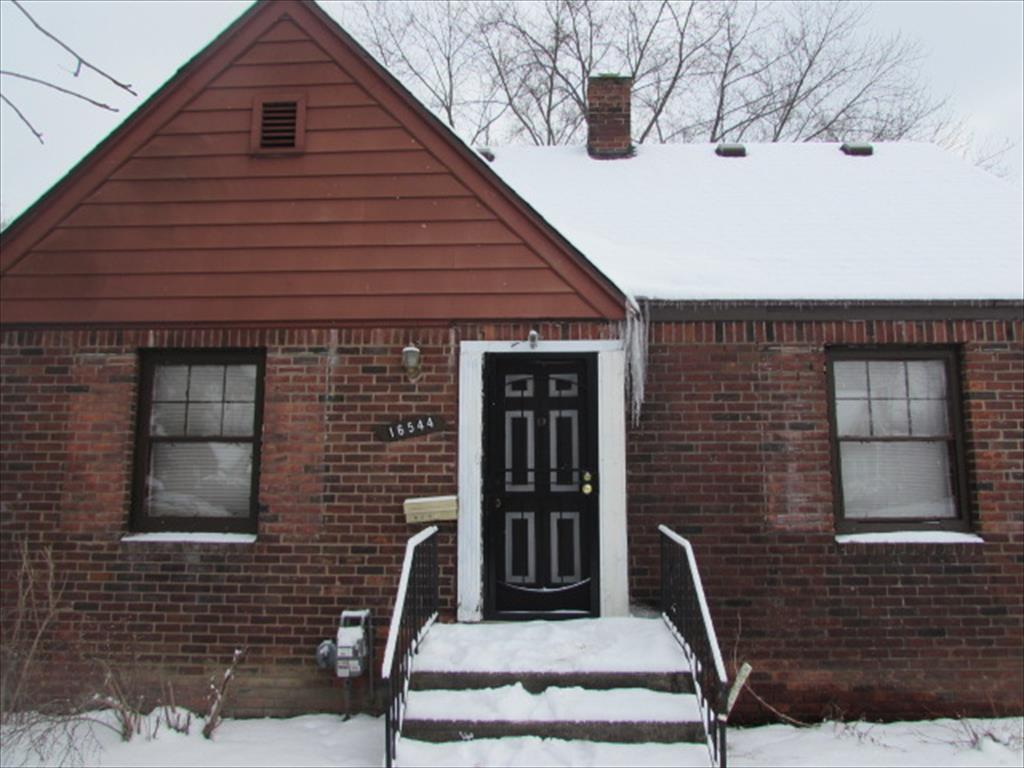 16544 Burt Rd, Detroit, MI