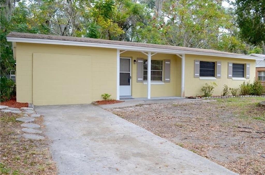 909 Sherwood Drive, Deland, FL