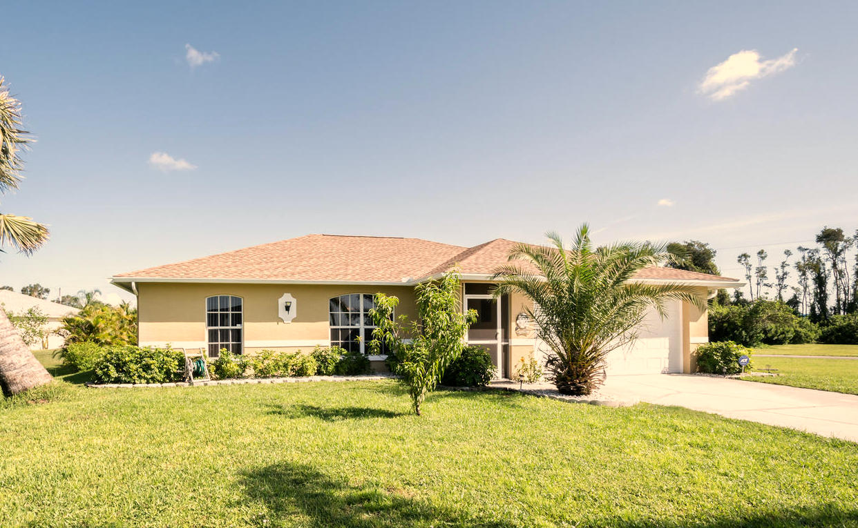 506 Paloma Ave, Lehigh Acres, FL