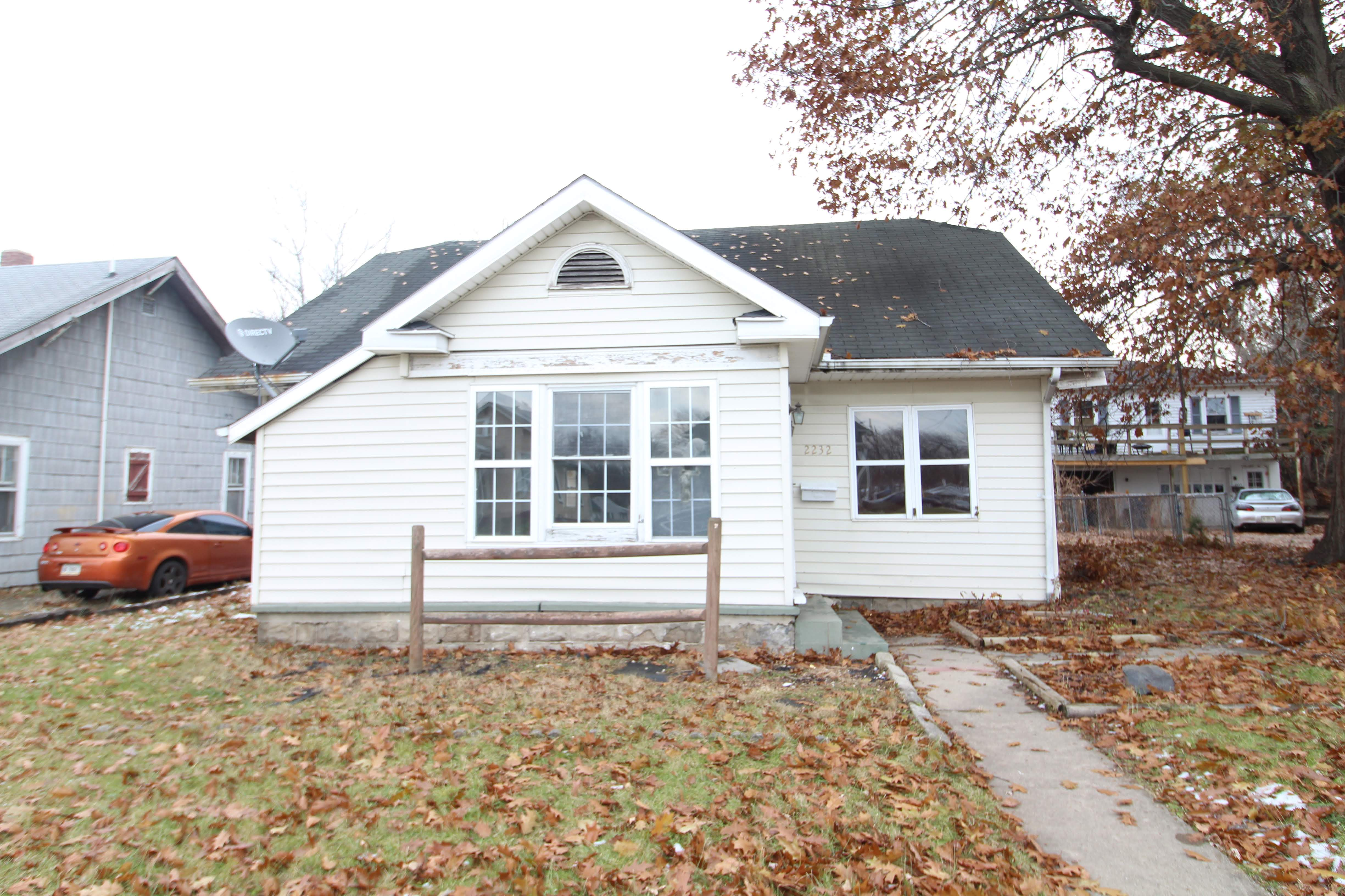 2232 Fairview St, Anderson, IN