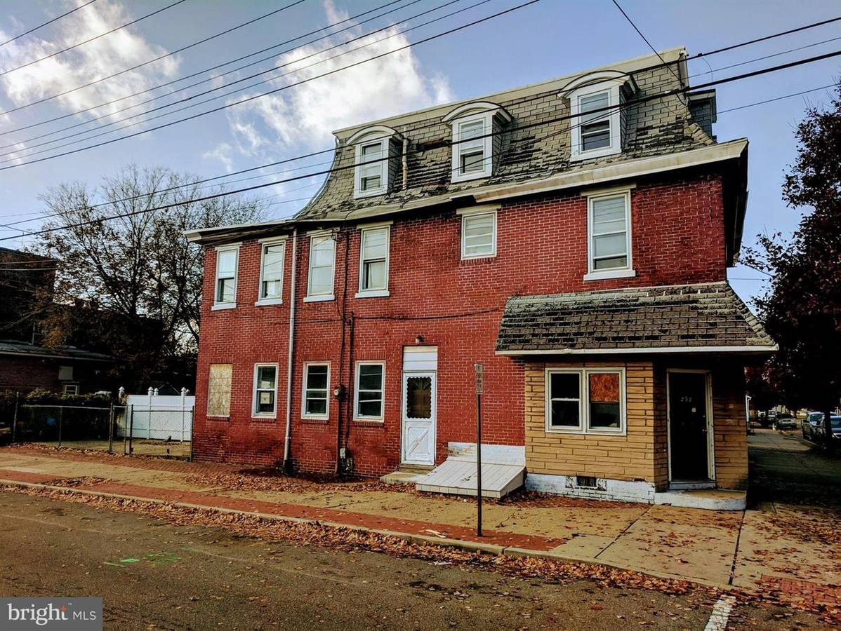 238 Cumberland St, Gloucester City, NJ