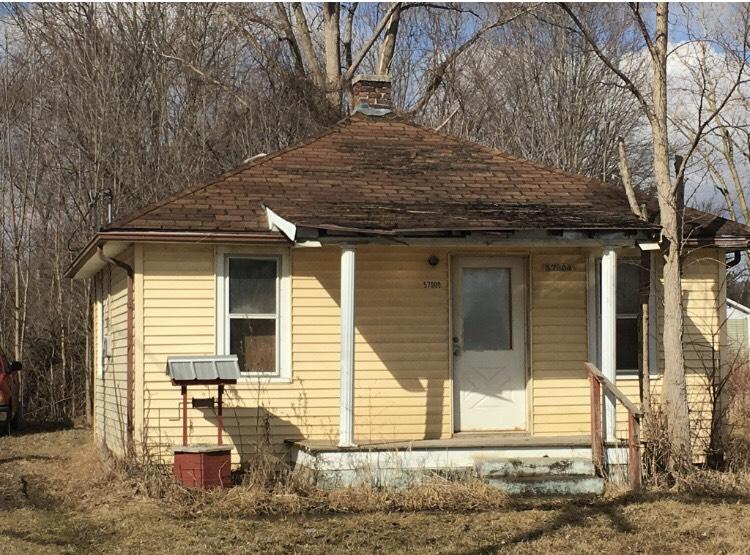 57909 Rosell Rd, Lenox, MI