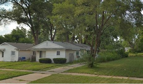 19038 Davison W, Detroit, MI