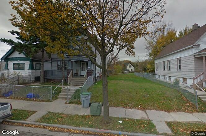 1945-1947 W Finn Pl, Milwaukee, WI