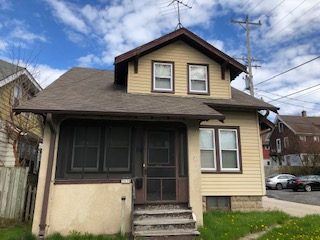 3038 S Clement Ave, Milwaukee, WI