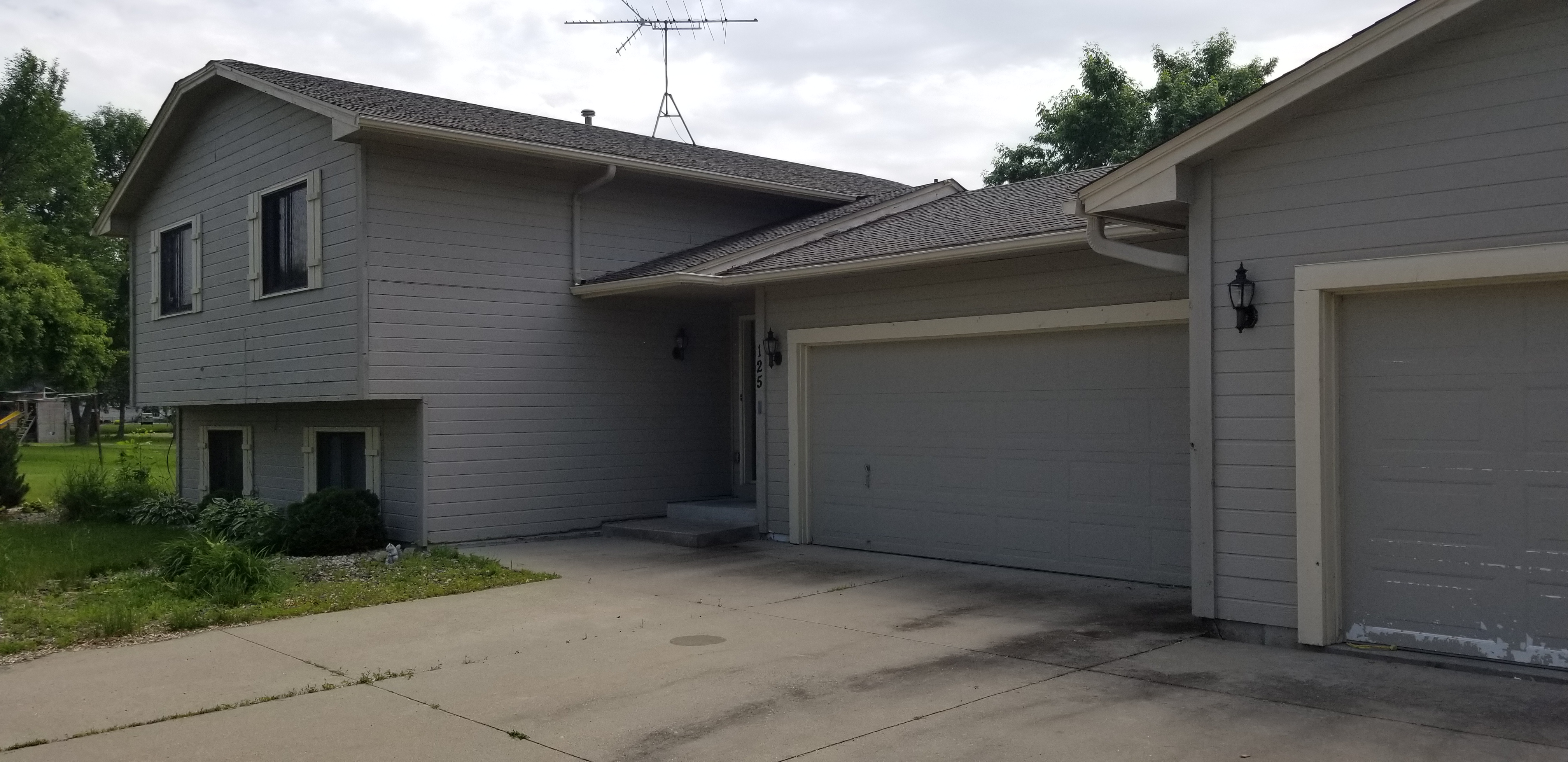 125 8th Ave NW, Lonsdale, MN
