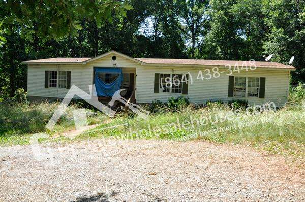 248 S Hills Dr, Wellford, SC