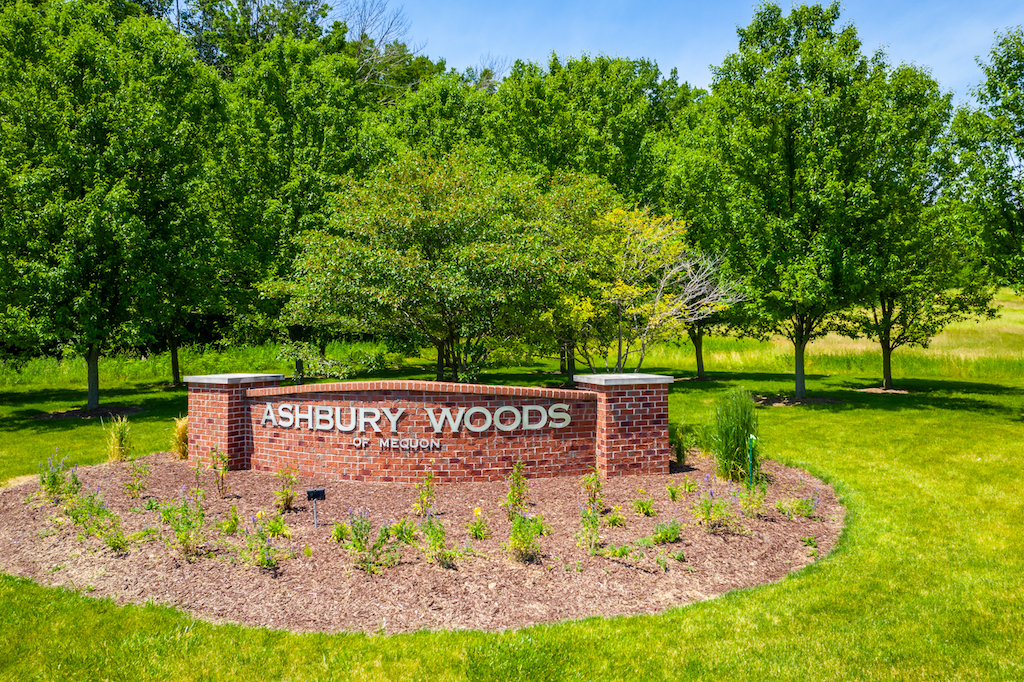 11260 N Ashbury Woods Dr., Lot 5, Mequon, WI