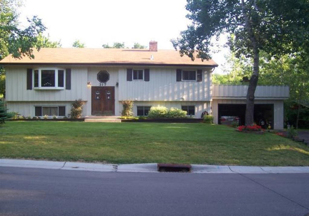317 Burlington Rd, Saint Paul, MN