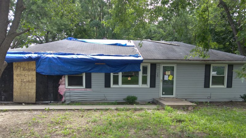 506 SW 10th St, Blue Springs, MO