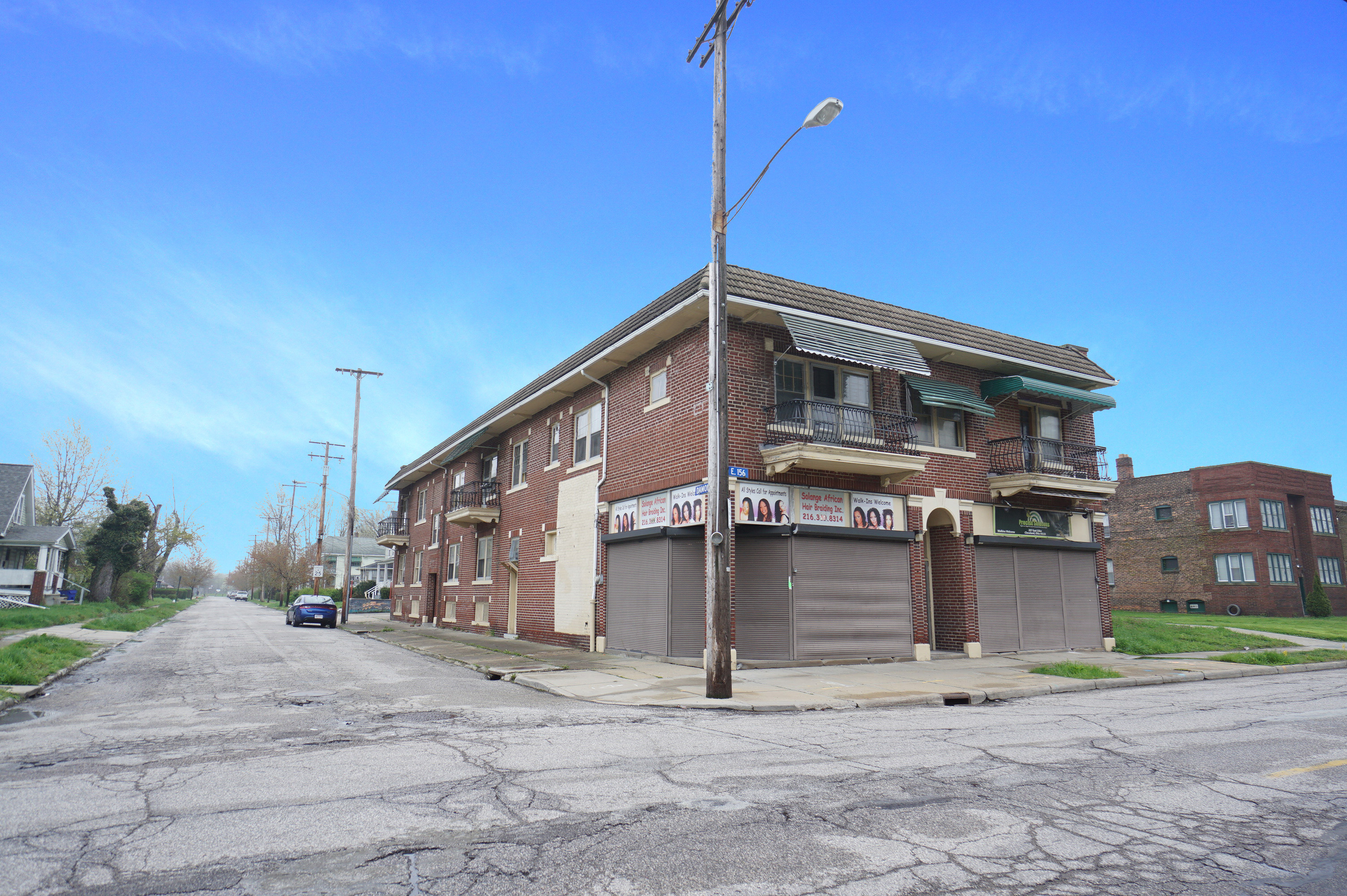 205 E 156th St, Cleveland, OH