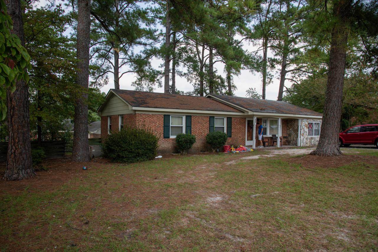 826 Oakcrest Dr, Fayetteville, NC