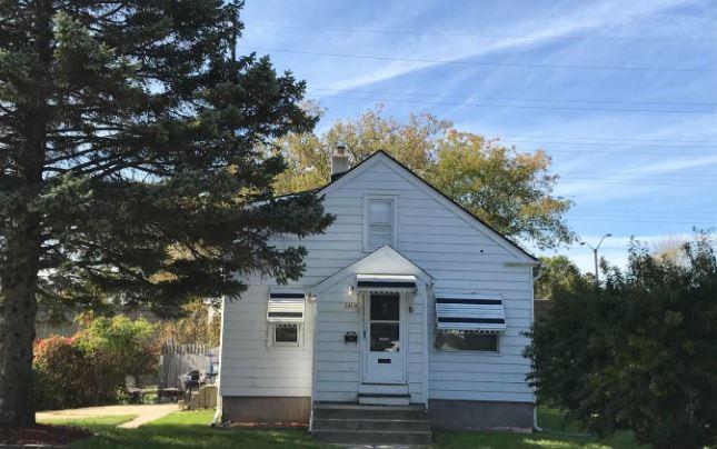 3485 S Ellen St, Milwaukee, WI