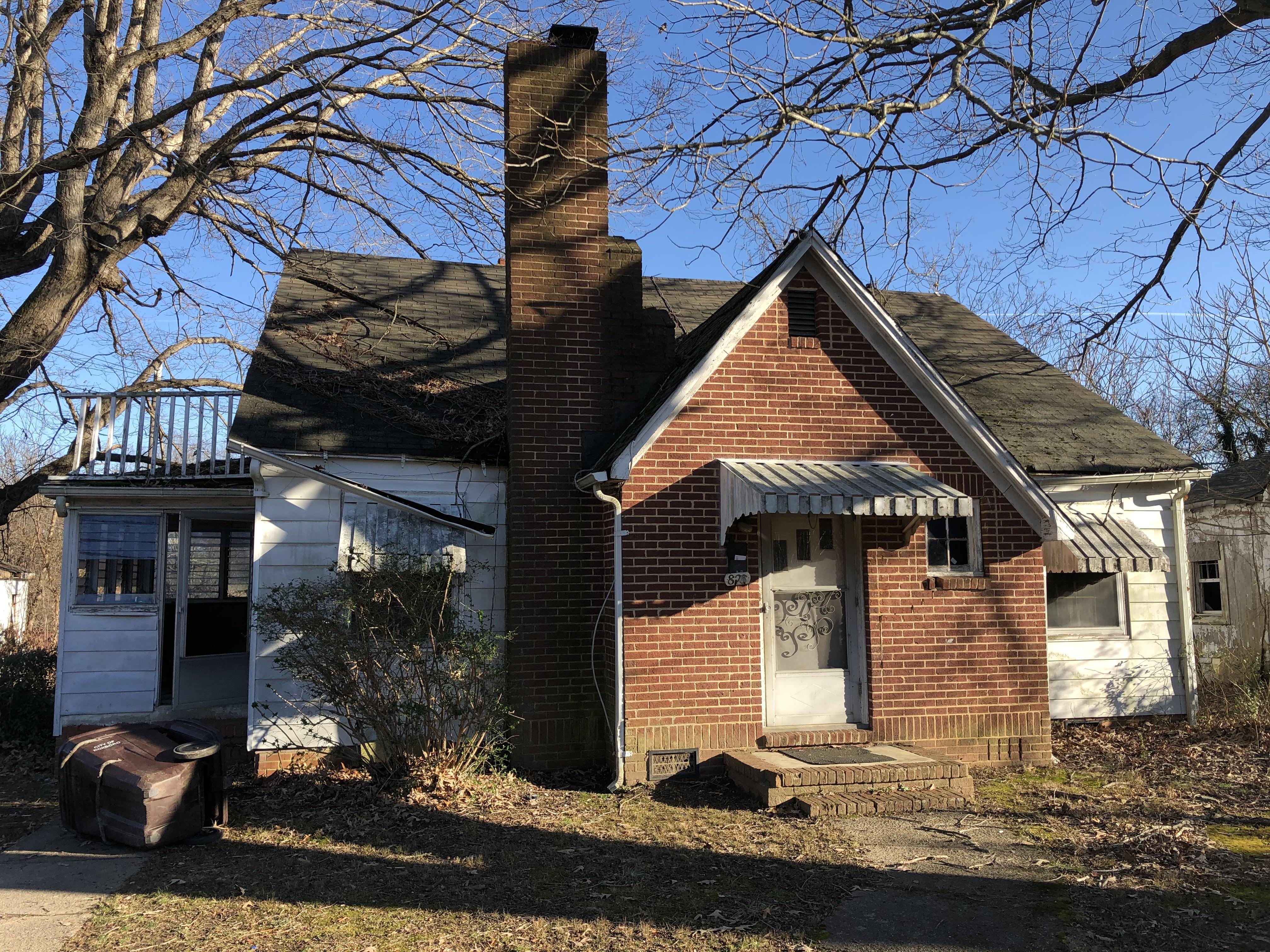 826 S Main St, Roxboro, NC