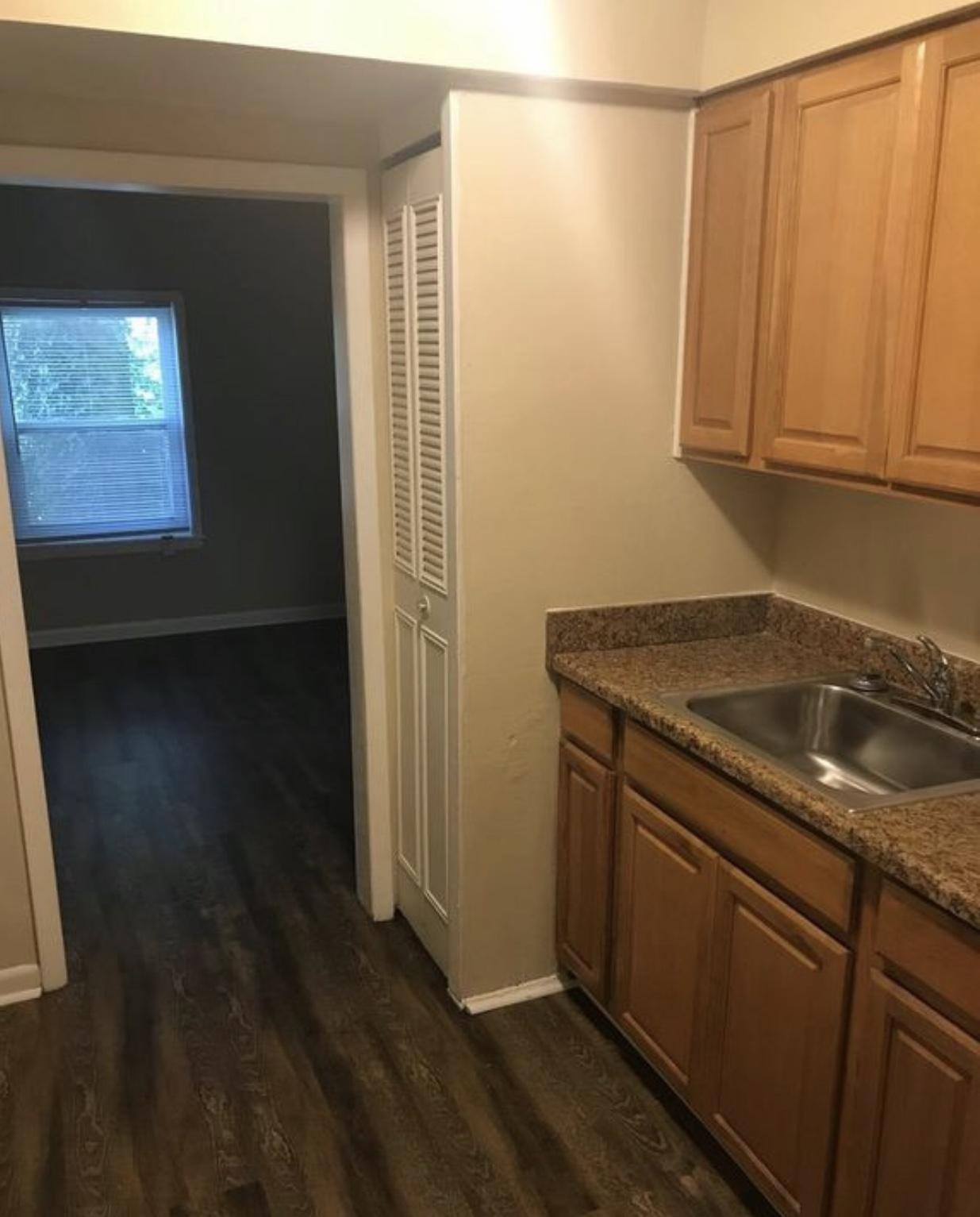 5419 New Cut Rd, Louisville, KY