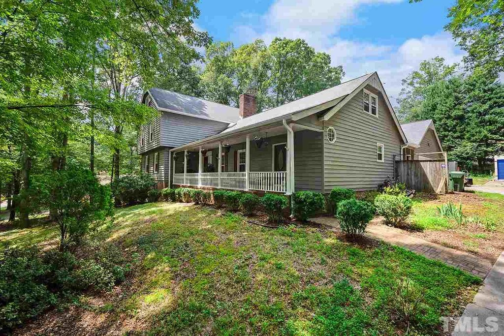 112 Queensferry Rd, Cary, NC
