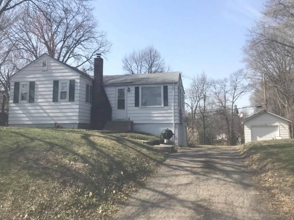3822 Northern Ave, Spring Park, MN