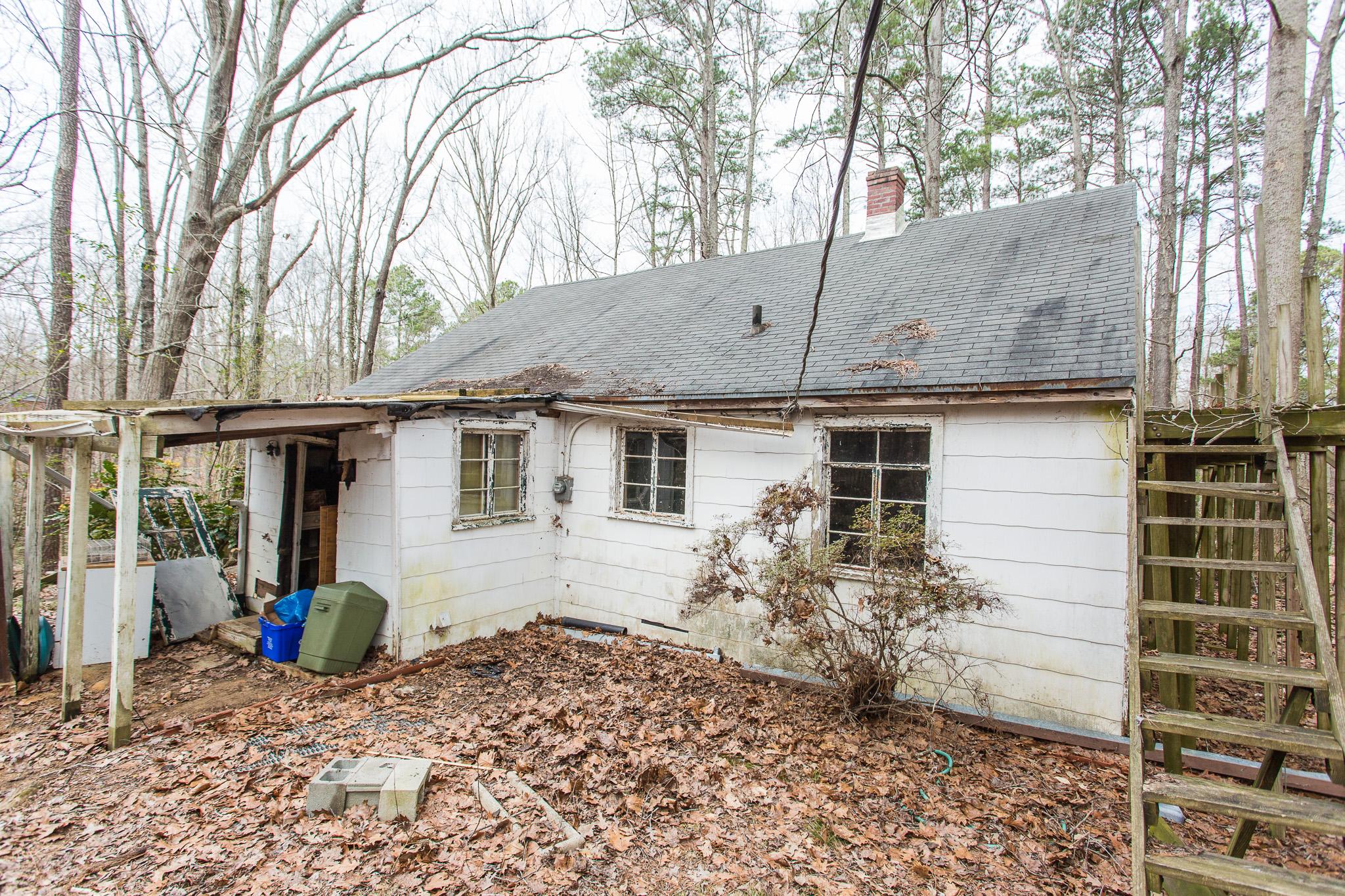 25 Dogwood Acres Dr, Chapel Hill, NC