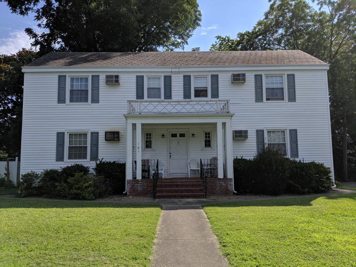 181 Orleans Cir, Norfolk, VA