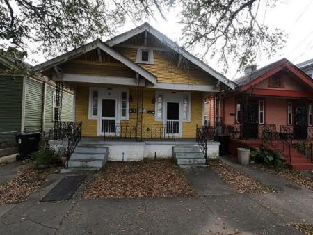8426 S Claiborne Ave, New Orleans, LA